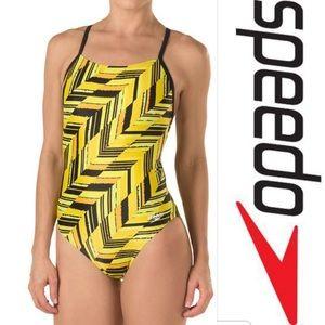 Speedo Endurance angles free back yellow sz 30